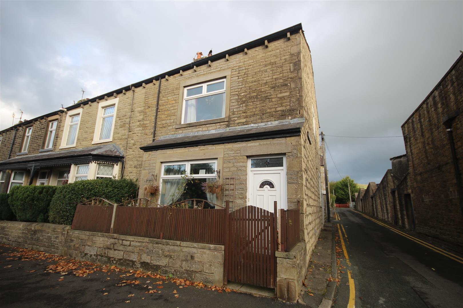 3 bedroom end terrace house For Sale in Sough, Barnoldswick - Property photograph